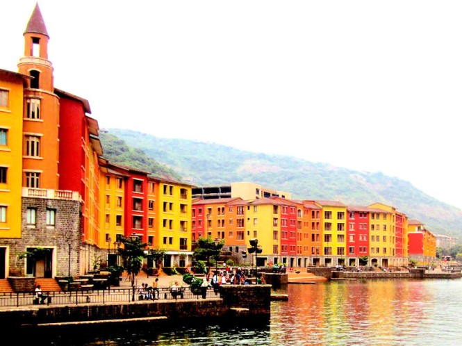 Waterfront Shaw Lavasa