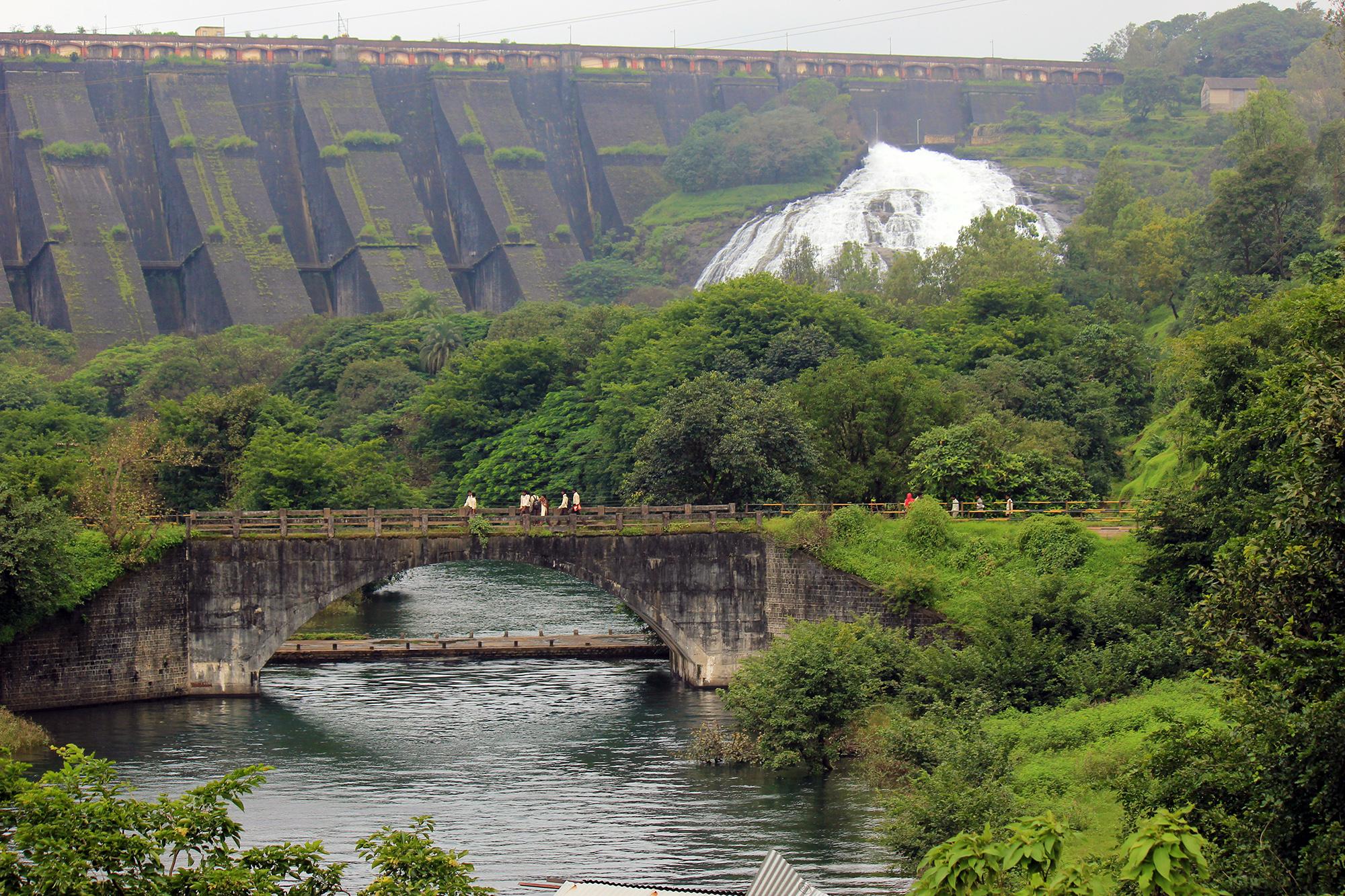10 best waterfalls near mumbai