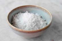 Coconut powder for coating