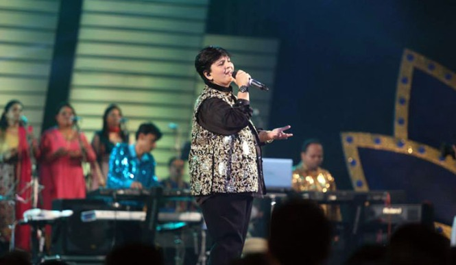 Dandiya Queen Falguni Pathak is the Madonna of Gujju Garba nights at Mumbai